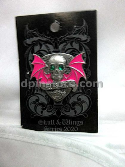 Hard Rock Cafe 3D Skull With Wings Global Pin (No City Name)